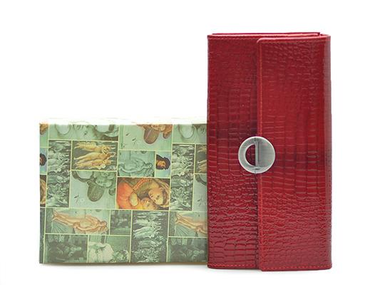 57fbaaa8e52e9 Portfel damski Barberini's 659 Czerwony lakier